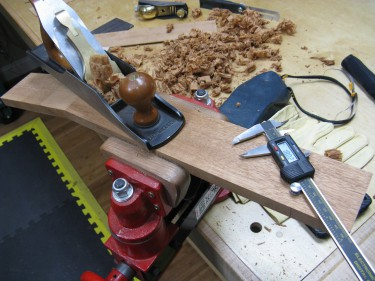 Planing a neck in Honduran Mahogany with a Lie Nielsen No. 5 1/2.